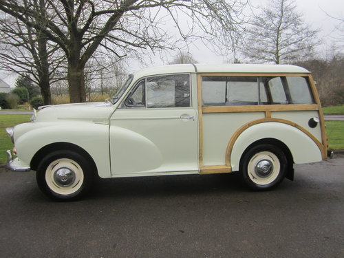 1968 MORRIS 'DE LUXE' TRAVELLER ESTATE ~ MATCHING NUMBERS SOLD (picture 1 of 6)