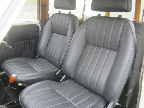 1968 MORRIS 'DE LUXE' TRAVELLER ESTATE ~ MATCHING NUMBERS SOLD (picture 3 of 6)
