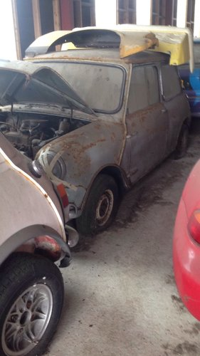 1963 Morris Mini-Minor Mk1Restoration project For Sale (picture 1 of 6)