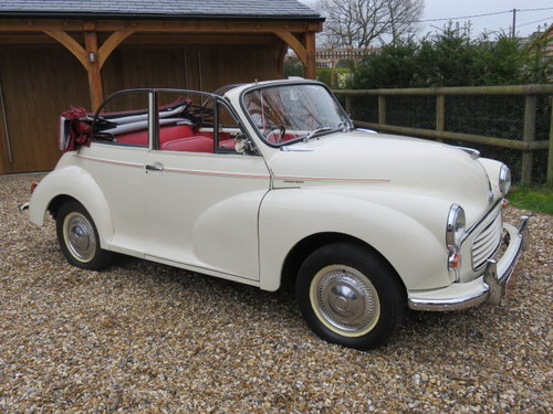 1966 Morris Minor 1000 Convertible (Card Payments Accepted) SOLD (picture 1 of 6)