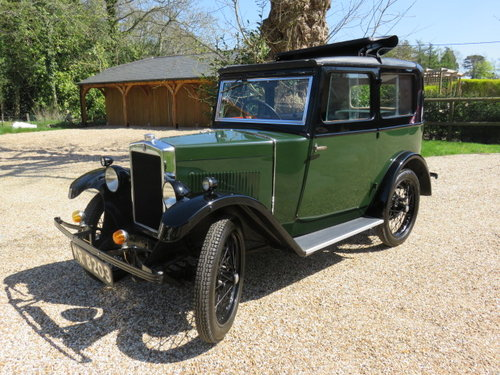 1930 Morris Minor Saloon (Card Payments Accepted) SOLD (picture 1 of 6)