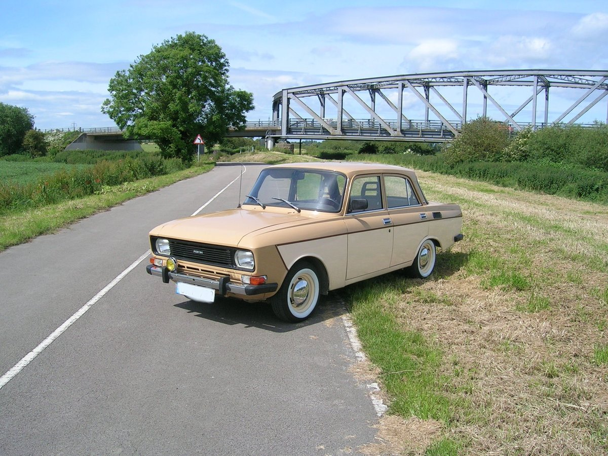 Very Rare 1988 Moskvich 2140 1.5 petrol Left Hand Drive For Sale (picture 2 of 6)