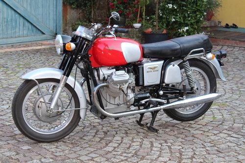 1970 Moto Guzzi V7 for sale For Sale (picture 1 of 6)