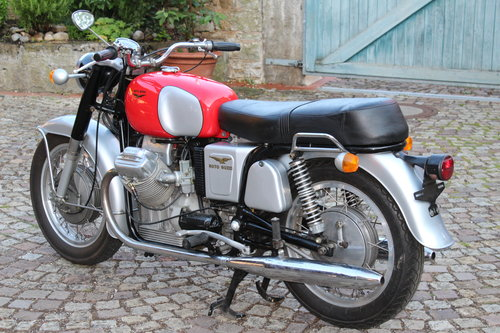 1970 Moto Guzzi V7 for sale For Sale (picture 2 of 6)