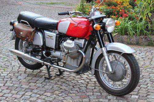 1970 Moto Guzzi V7 for sale For Sale (picture 3 of 6)