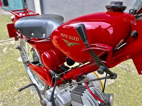 1952 MOTO GUZZI 73cc CARDELLINO TURISMO SOLD (picture 3 of 6)