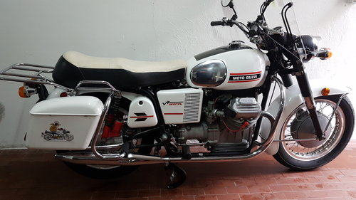 1973 Moto Guzzi V7 Special SOLD (picture 1 of 6)