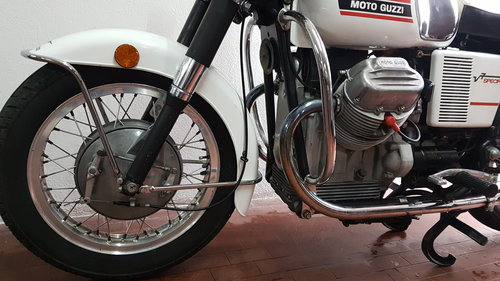 1973 Moto Guzzi V7 Special SOLD (picture 5 of 6)