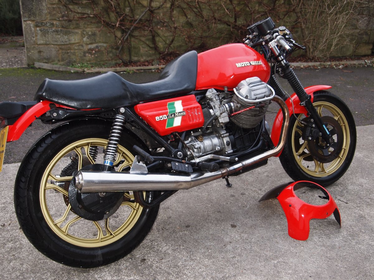 1980 MOTO GUZZI LE MANS MK1 REPLICA SOLD (picture 4 of 6)