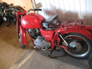 moto guzzi ladola 235 1960 really nice bike