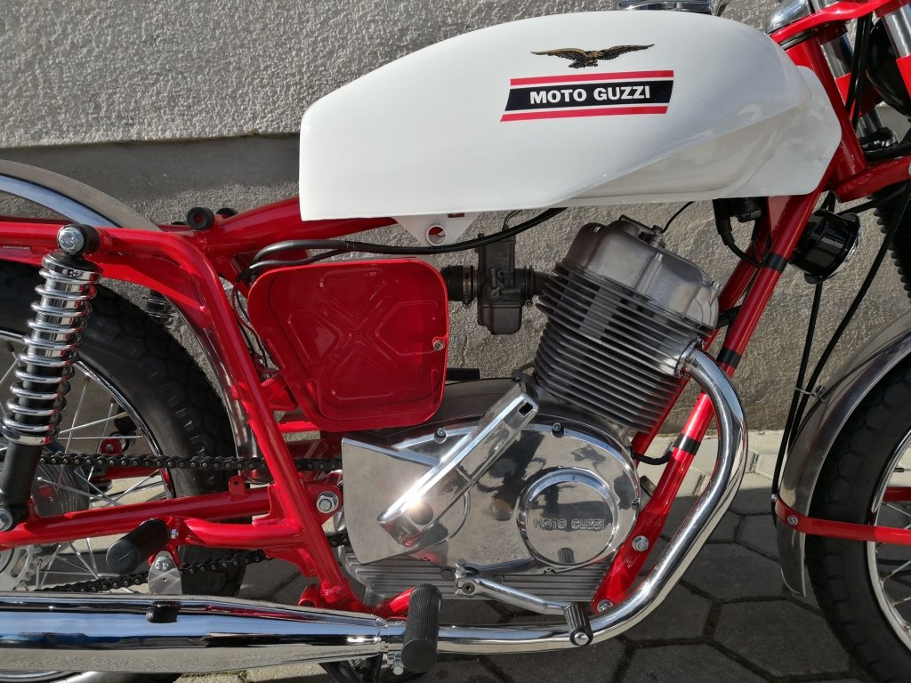 1971 MOTO GUZZI STORNELLO 160 5M -CONCOURSE CONDITION For Sale (picture 2 of 6)