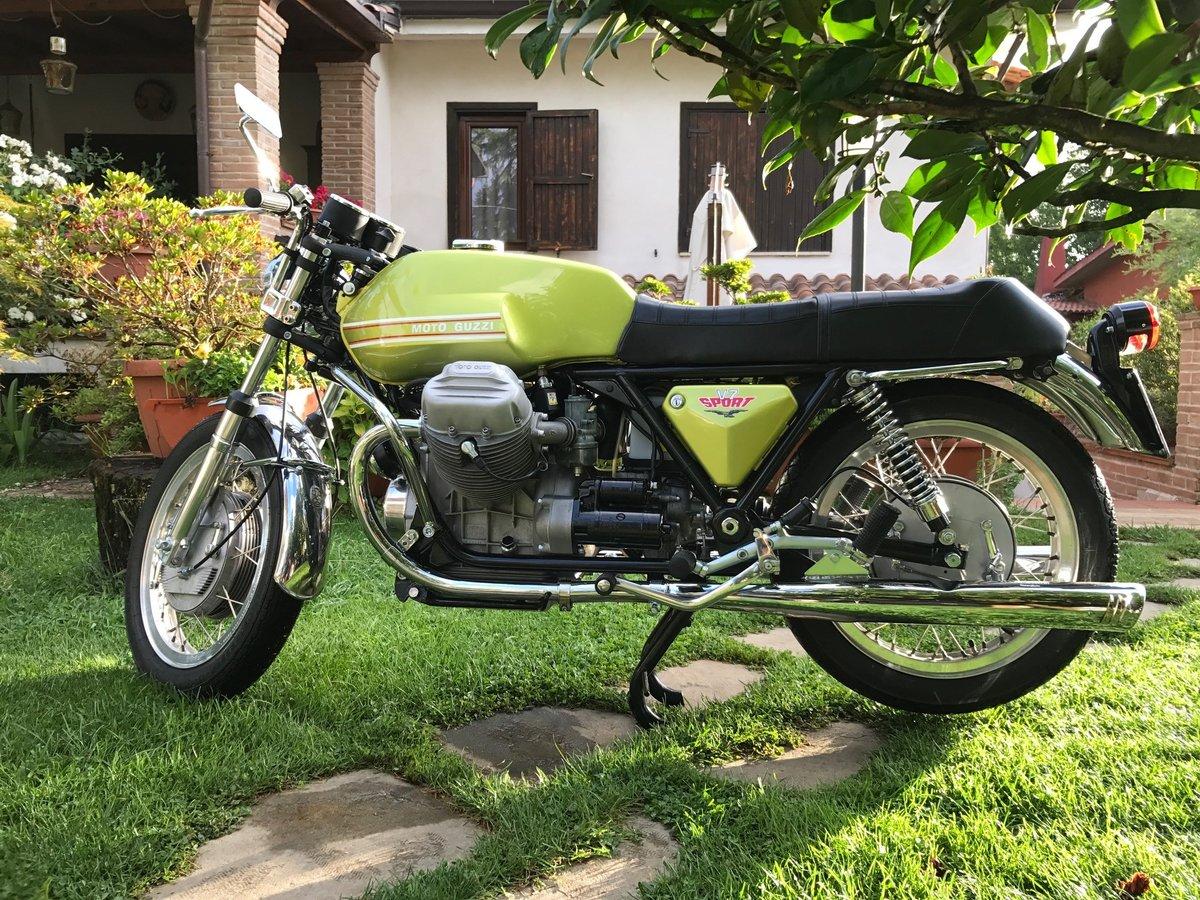 1972 GUZZI V7 SPORT For Sale (picture 1 of 6)