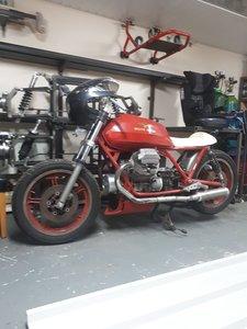 1991 Moto Guzzi Le Mans cafe racer project