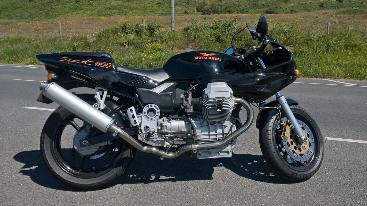 1996 Moto Guzzi 1100 Sport Carb. VGC. New MoT available. For Sale (picture 1 of 6)