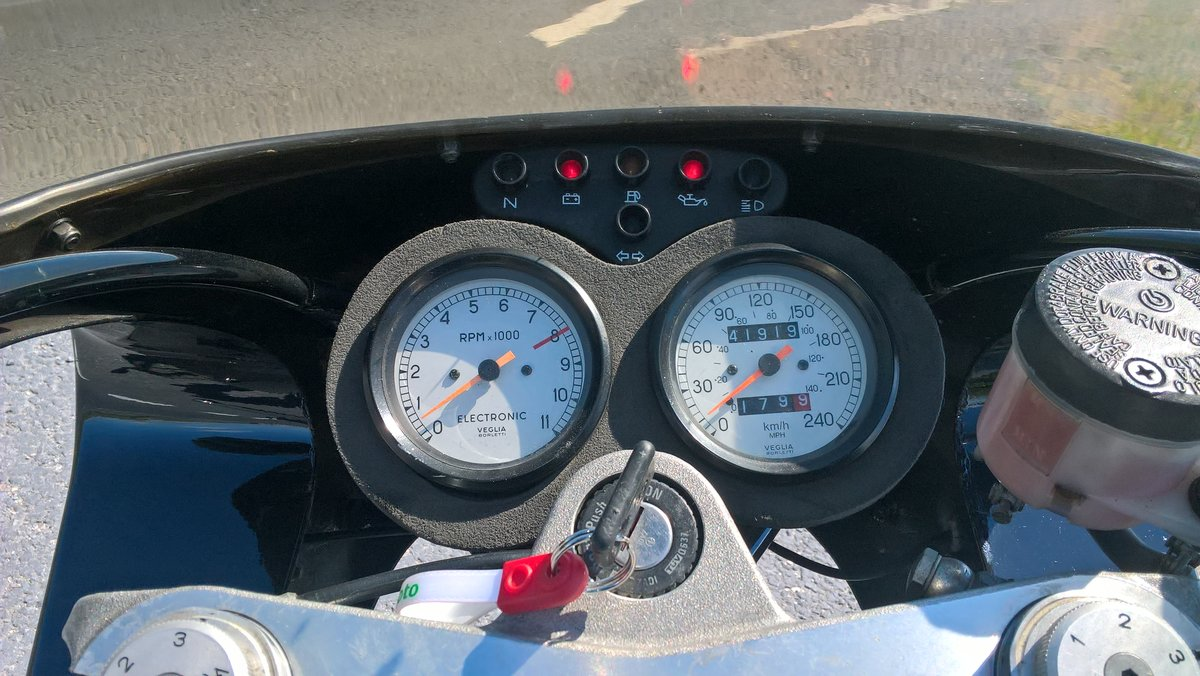 1996 Moto Guzzi 1100 Sport Carb. VGC. New MoT available. For Sale (picture 6 of 6)
