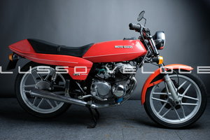 Moto Guzzi Benelli 254 very original low miles