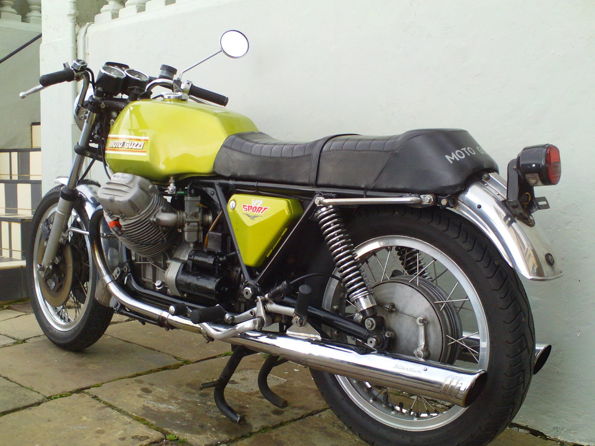 1973 MOTO GUZZI V7 SPORT SOLD (picture 4 of 6)