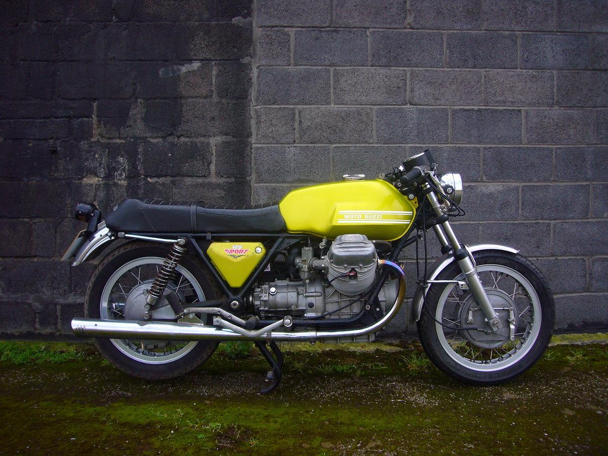 1972 Moto Guzzi V7 Sport SOLD (picture 2 of 6)