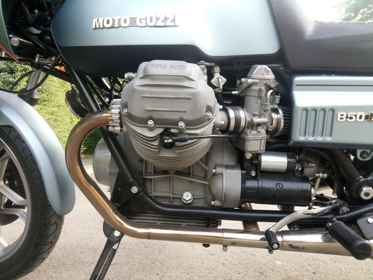 1978 Moto Guzzi Le Mans Mk1 Superb restoration SOLD (picture 2 of 6)