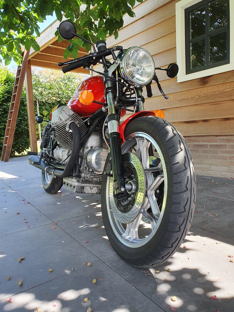 1985 Moto Guzzi Le Mans Cafe racer For Sale (picture 5 of 6)