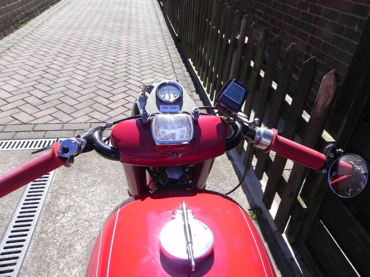 1962 Moto Guzzi Lodola 235cc  SOLD (picture 4 of 6)