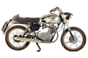 C.1960 MOTO GUZZI 125 STORNELLO (LOT 539) For Sale by Auction