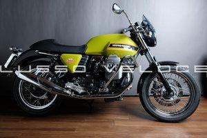 2010 Moto Guzzi V7 Special