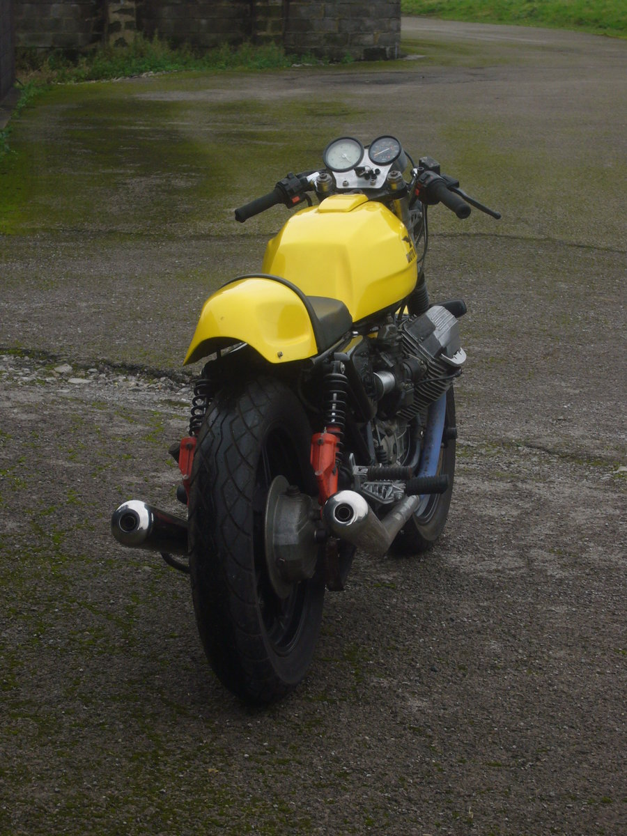 1988 Moto Guzzi Le Man 1000 Cafe Racer style For Sale (picture 4 of 6)