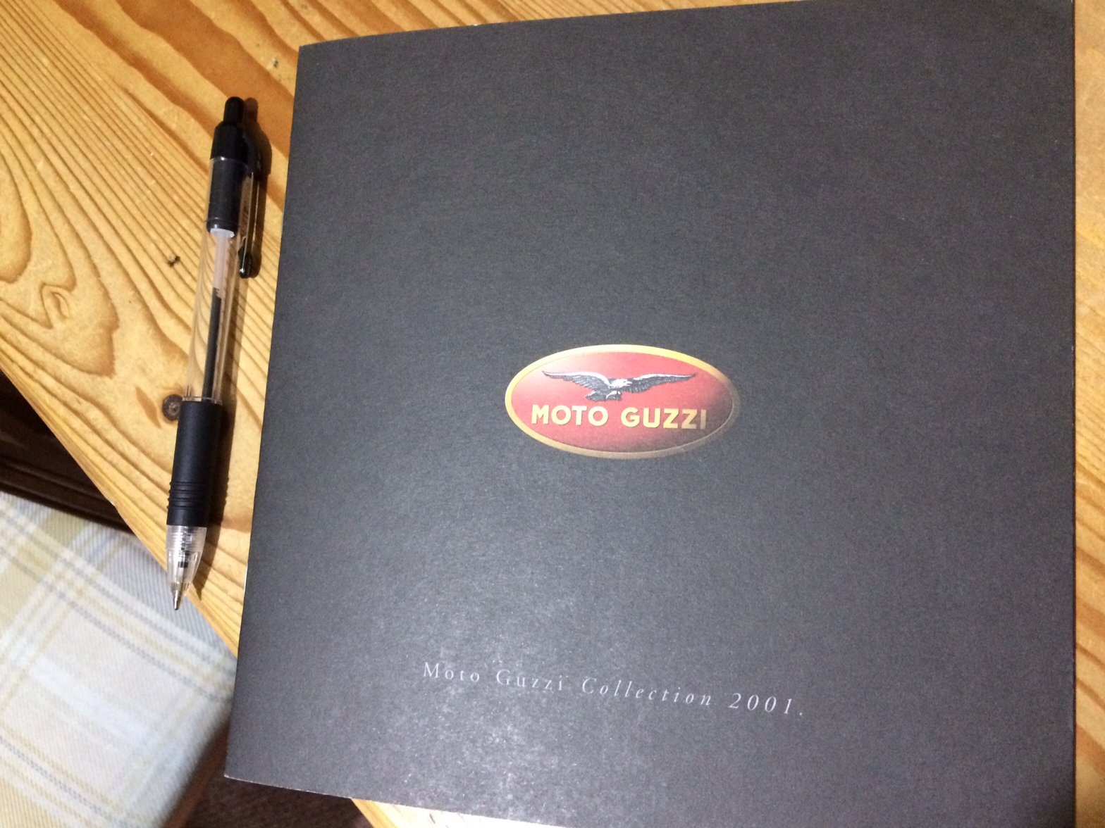 Moto Guzzi Collection 2001 brochure For Sale (picture 2 of 9)