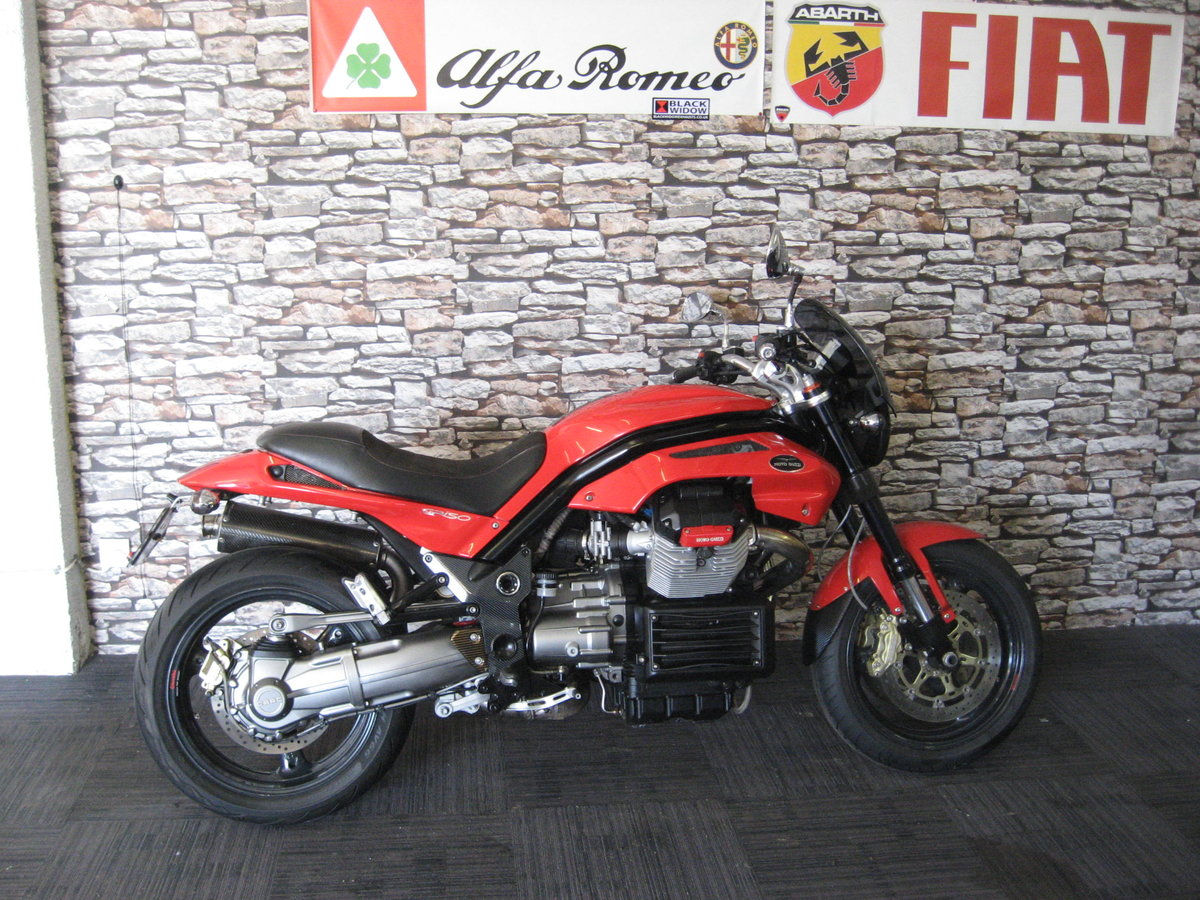 2006 06-reg Moto Guzzi Griso 1100 finished in red For Sale (picture 1 of 12)