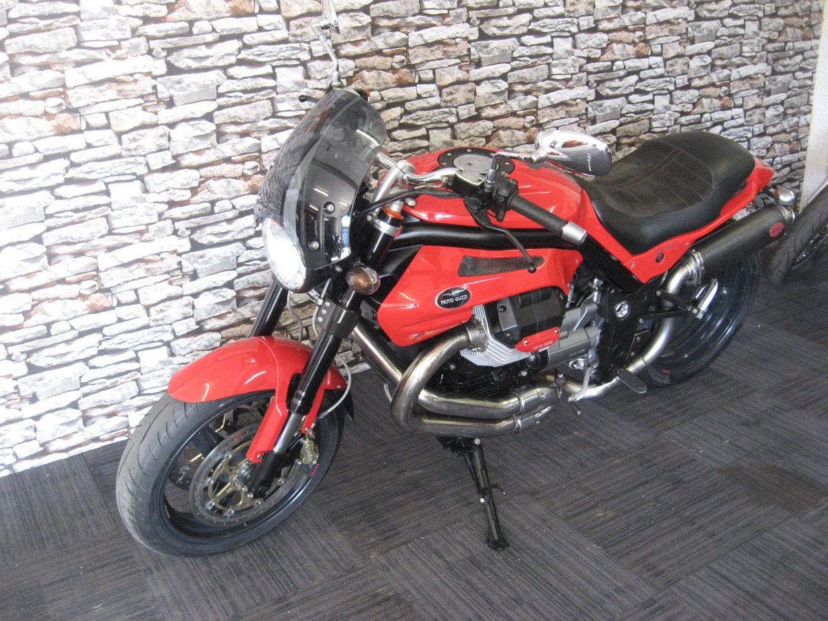 2006 06-reg Moto Guzzi Griso 1100 finished in red For Sale (picture 3 of 12)