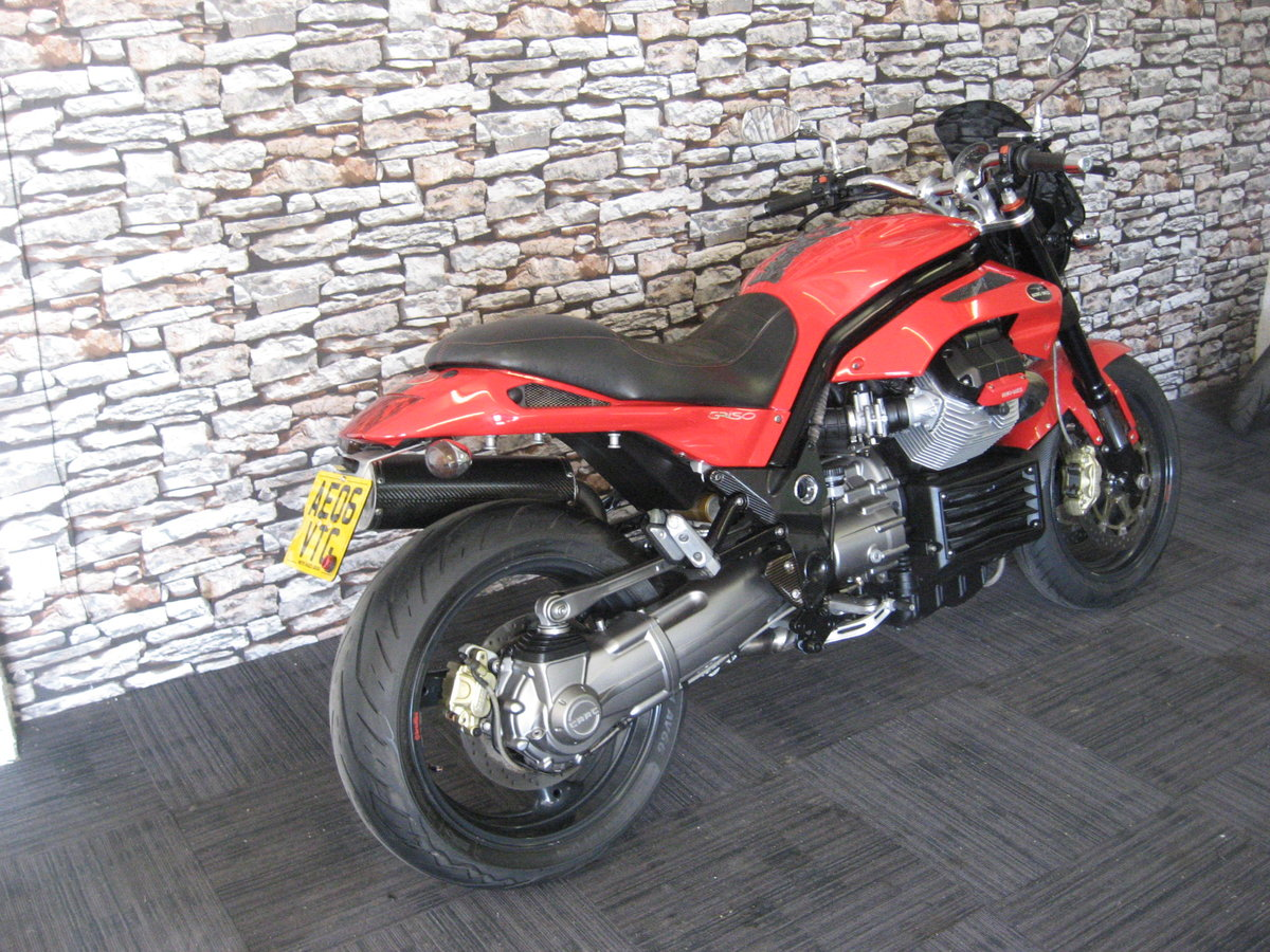 2006 06-reg Moto Guzzi Griso 1100 finished in red For Sale (picture 6 of 12)