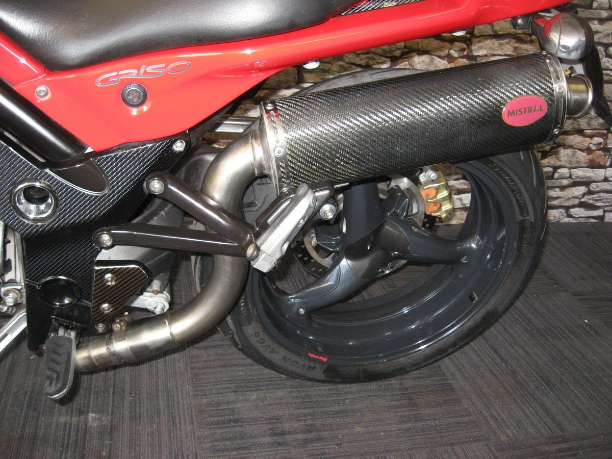 2006 06-reg Moto Guzzi Griso 1100 finished in red For Sale (picture 11 of 12)