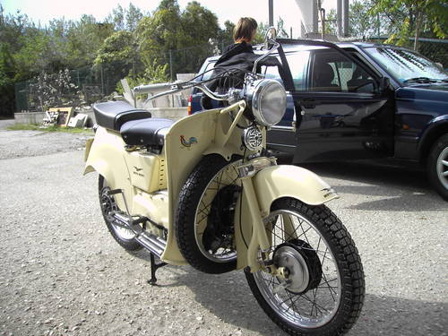 1953 Moto Guzzi Galletto 192 For Sale (picture 3 of 4)