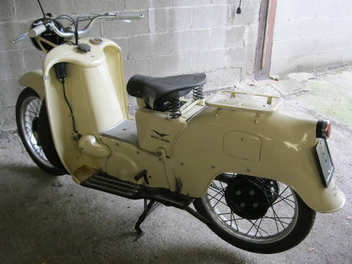 1954 Moto Guzzi Galletto 192 pedal start totally restor For Sale (picture 4 of 6)