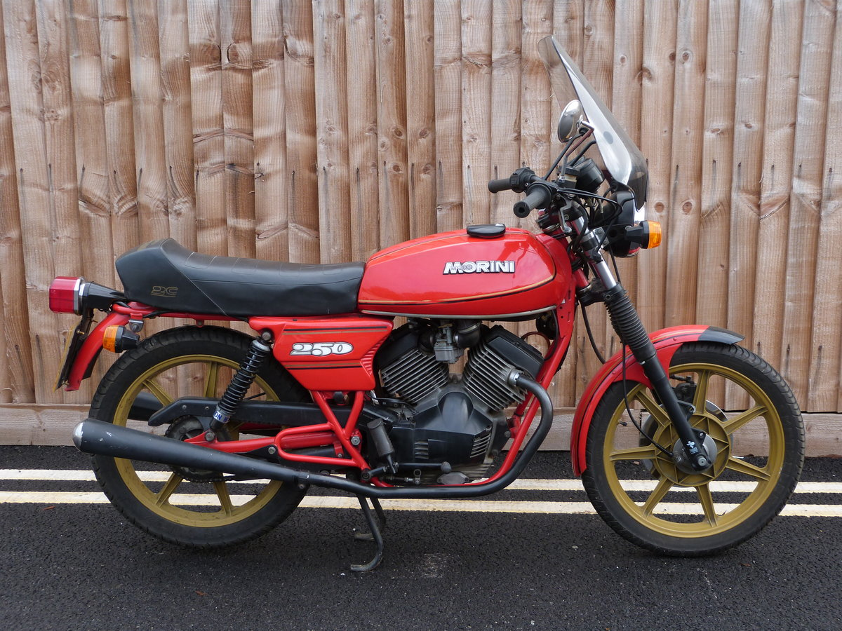 1981 Moto Morini 250cc V twin SOLD by Auction (picture 1 of 6)