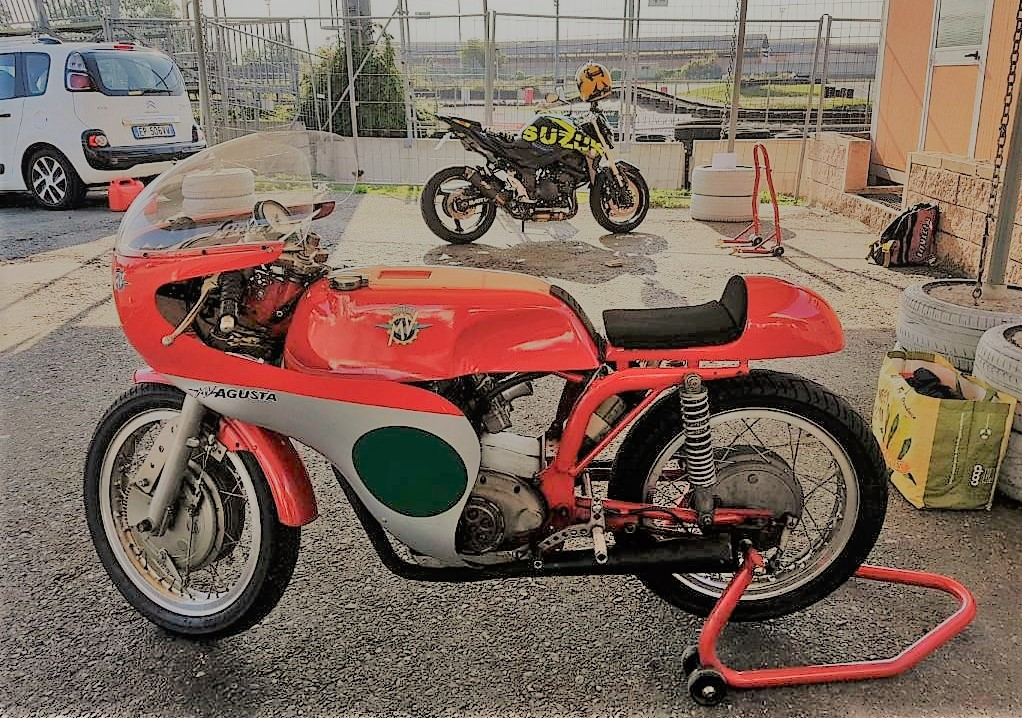 1968 MV Agusta 250 by Bergamonti, only 5 made SOLD (picture 2 of 6)