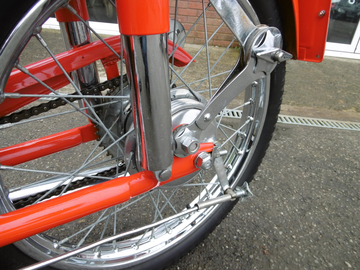 1952 MV125 FULL NUT AND BOLT RESTORATION  SOLD (picture 5 of 6)