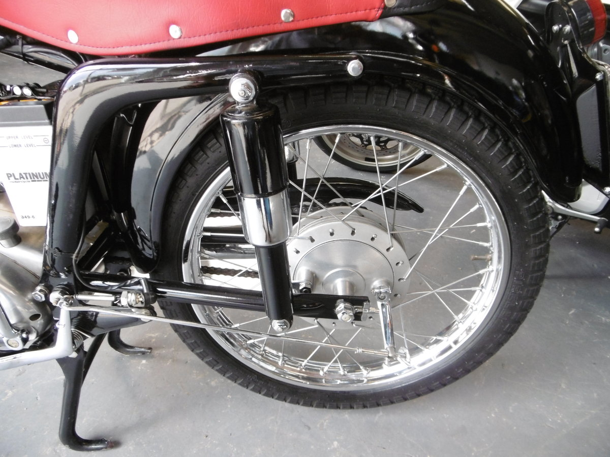 1956 MV Agusta Turismo 175 cs STUNNING FULL NUT AND BOLT RESTO SOLD (picture 2 of 6)