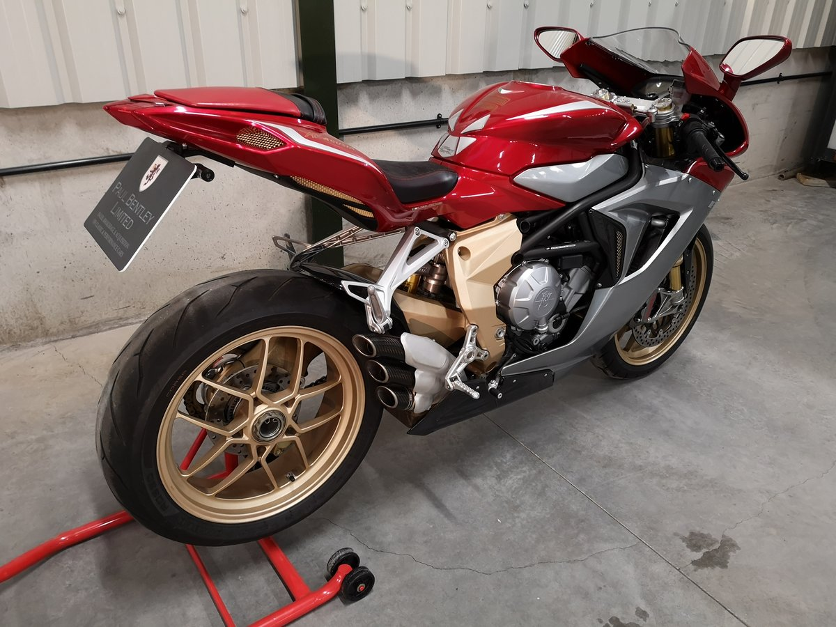 2012 MV Agusta F3 Serie Oro Limited Edition  SOLD (picture 3 of 6)