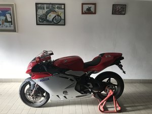 MV Augusta  750 F4 new, 294 Kms.