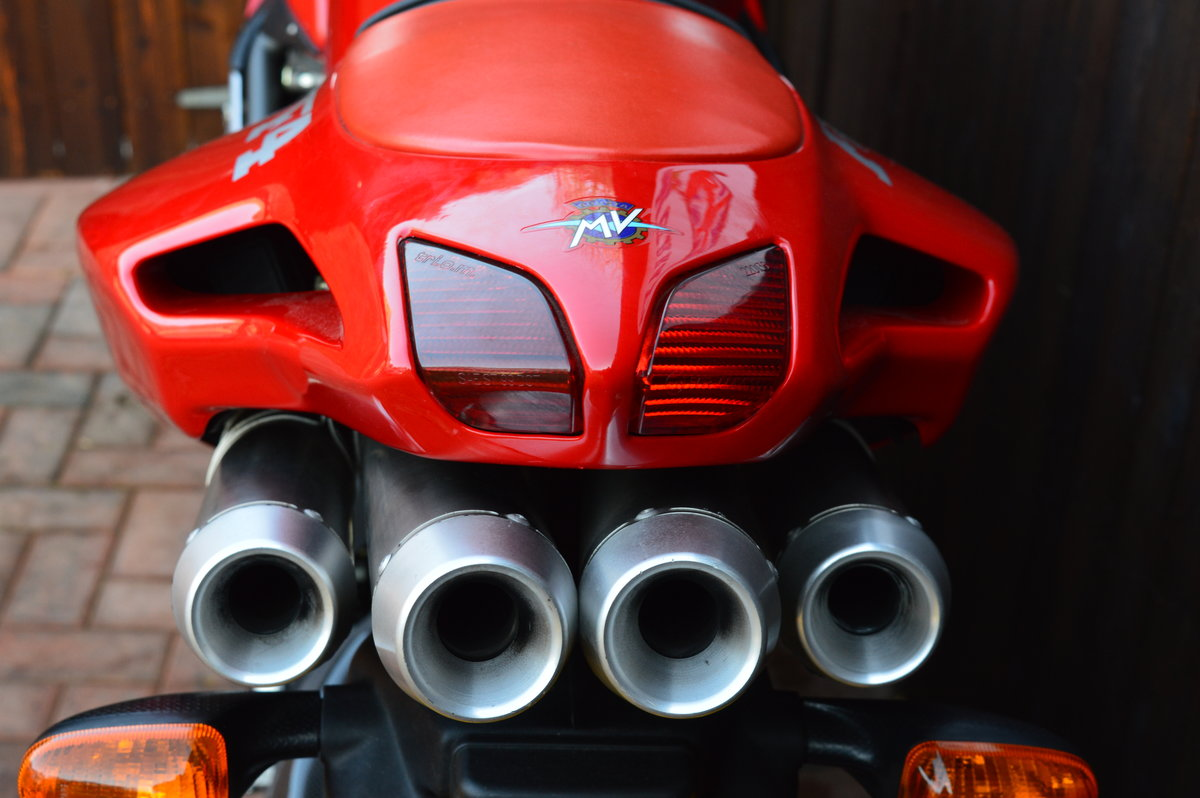 2000 MV Augusta 750 f4 For Sale (picture 4 of 6)