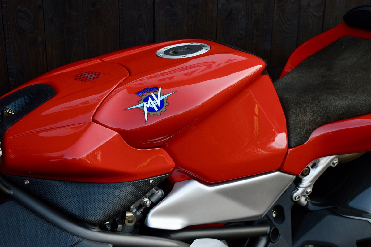 2000 MV Augusta 750 f4 For Sale (picture 5 of 6)
