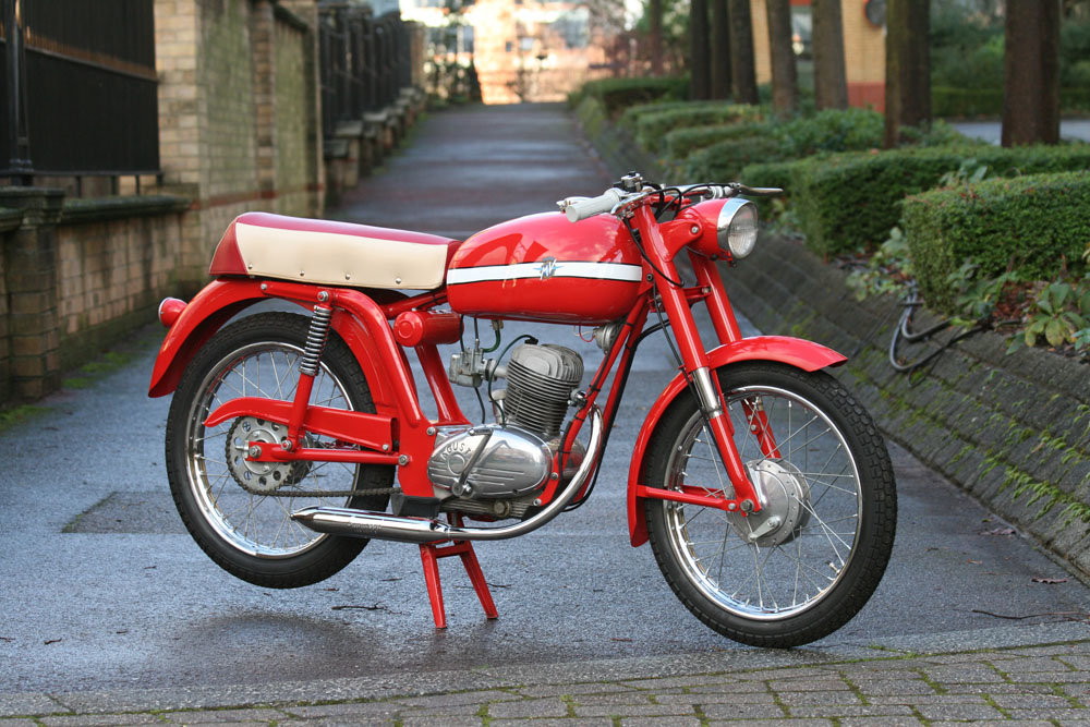 1966 MV Agusta 50 Liberty Sport SOLD (picture 1 of 6)
