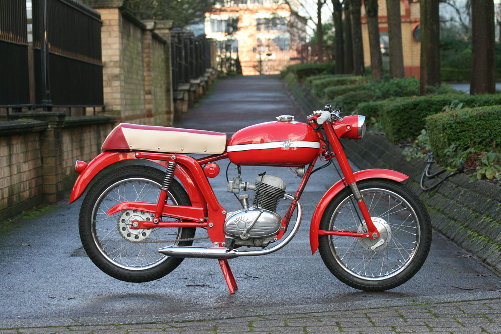 1966 MV Agusta 50 Liberty Sport SOLD (picture 2 of 6)