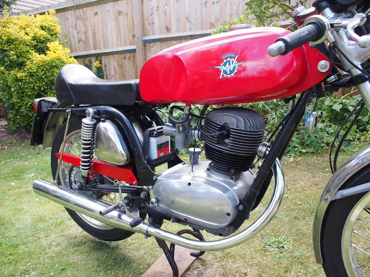 1971 MV Agusta 125 GTLS SOLD (picture 2 of 6)