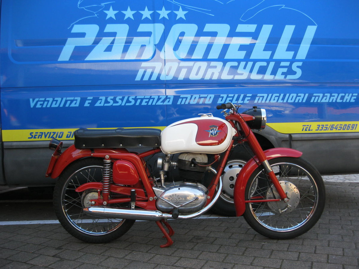 1955 MV Agusta 175 cc two units For Sale (picture 3 of 6)