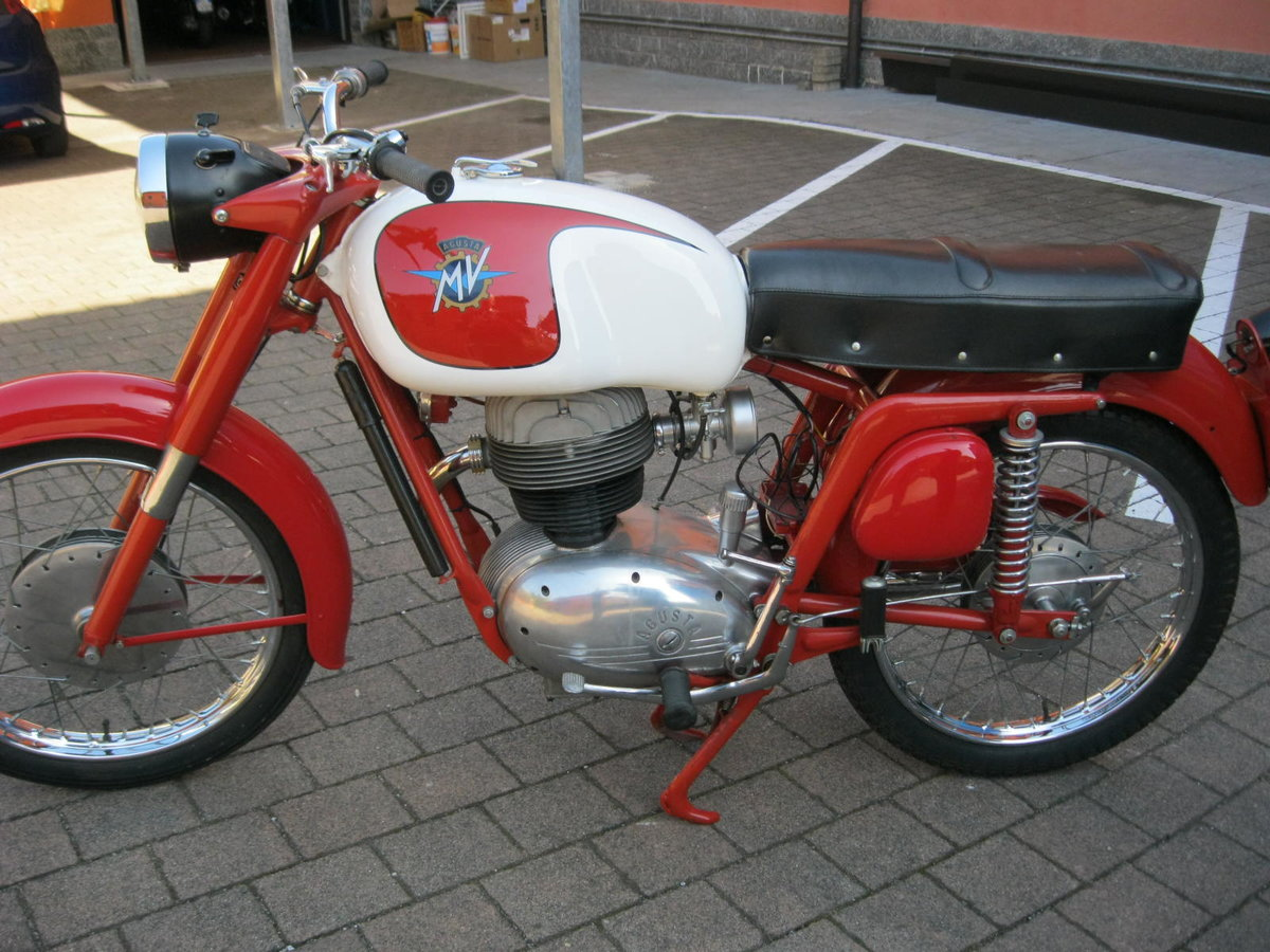 1955 MV Agusta 175 cc two units For Sale (picture 4 of 6)