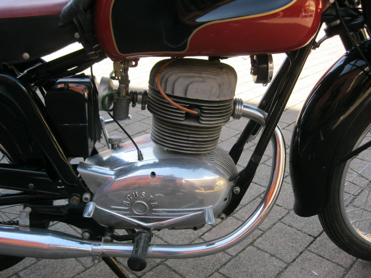 1955 MV Agusta 175 cc two units For Sale (picture 6 of 6)