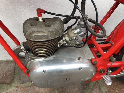 MV Agusta 125 GP 1949 For Sale (picture 4 of 5)